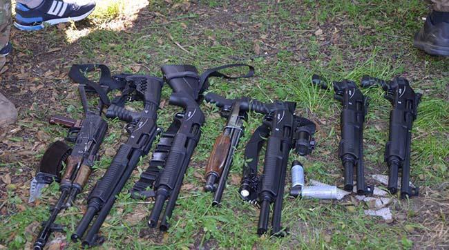 Група озброєних чоловіків влаштувала стрілянину нафермі у Вінницькій області